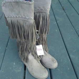 Justice fringed boots